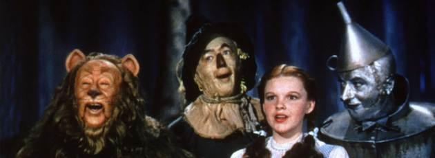 CAST OF THE WIZARD OF OZ IN PUBLICITY PHOTOGRAPH