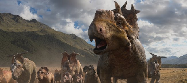 a review of the movie walking with dinosaurs Walking with dinosaurs is a 2013 family film about dinosaurs set in the late walking with dinosaurs 3d - movie review by chris stuckmann walking with.